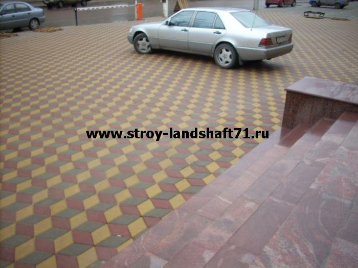 Укладка тротуарной плитки под авто